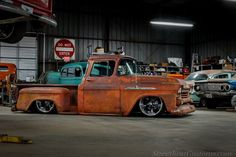 cars and trucks 1959 Chevy Truck, Classic Chevy Trucks, Chevrolet Trucks, Gmc Trucks, Pickup Trucks, Classic Cars, Chevrolet Apache, Bagged Trucks, Lowered Trucks