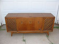 Vintage Record Player Console. Refurbished and Restored. 1970s ...