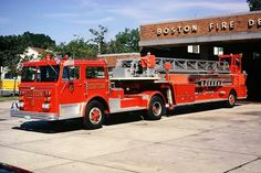 ◆Boston, MA FD Ladder 6 ~ Maxim 100' TDA◆