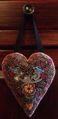 Punch Needle ... Heart Wool Embroidery, Wool Applique, Cross Stitch Embroidery, Valentine Day Love, Valentines, Hook Punch, Fabric Hearts, Craft Punches, Penny Rugs
