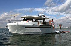 Luiz De Basto yacht designer Top Deck 63 Astondoa