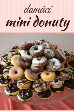 Delicious Donuts, Yummy Food, Sweet Bar, Christmas Sweets, Pavlova, Graham Crackers, Caramel Apples, Amazing Cakes, Nutella