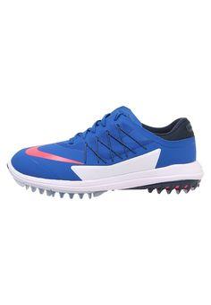 5527df32932ca ¡Consigue este tipo de zapatillas golf de Nike Golf ahora! Haz clic para ver