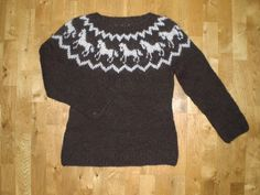 Icelandic sweater/pullover, made of wool, with horse pattern, size medium, ready to ship. Icelandic Sweaters, Wool Sweaters, Horse Pattern, Crochet Projects, Knitting Patterns, Knit Crochet, Horses, Island, Alan Dart