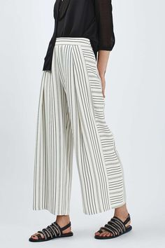 PETITE Cropped Wide Leg Trousers - Topshop
