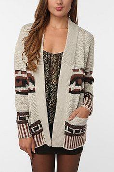Casual sweater. this looks deliciously comfortable!