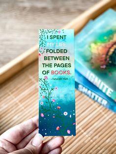 #bookmark #etsyshop #etsygifts #booklovers #booklovergift #bookquote #quotestoliveby #quoteoftheday #bookworm #reader #readersfavorite