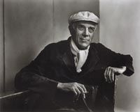 Georges Braque by Yousuf Karsh. Braque was a major French painter and sculptor who, along with Pablo Picasso, developed the art style known as Cubism. Photography Competitions, Photography Courses, Digital Photography, Best Portrait Photographers, Best Portraits, Georges Braque, Yousuf Karsh, Cubist Art, Margot Fonteyn