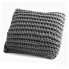 Crochet this easy cushion cover in no time with this great pattern. Buy the complete kit & get off all Hoooked orders with our exclusive discount code too! Cushion Cover Pattern, Crochet Cushion Cover, Crochet Cushions, Diy Crochet, Crochet Hooks, Crochet Needles, Crochet Squares, T Shirt Yarn, Chain Stitch
