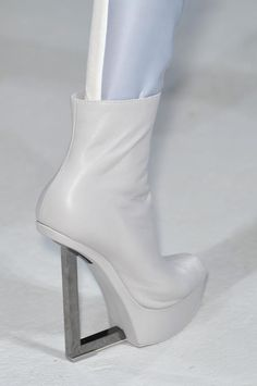 boots @ Gareth Pugh Spring 2014 . but I rather have them in black .