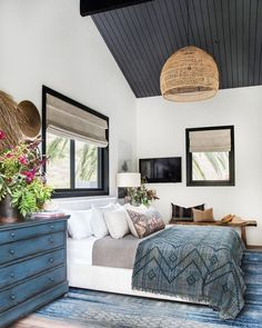 40 Cool Beach Master Bedroom Design Ideas - blue, white, and gray bedroom decor with gray wood ceiling and rattan chandelier, coastal bedroom decor with boho decor accents Cool Bedroom Furniture, Grey Bedroom Decor, Modern Master Bedroom, Master Bedroom Design, Bedroom Vintage, Trendy Bedroom, Bedroom Designs, White Bedroom, House Furniture