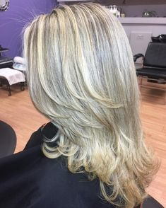 Glamorized Layered Hairstyles and Haircuts for Women (15)