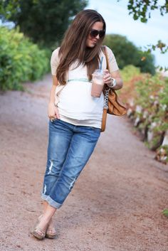 Boyfriend jeans during pregnancy.  Yes.