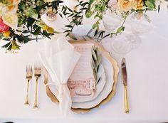 Linen: La Tavola Fine Linen Rental - http://latavolalinen.com Wedding Dress: Ca'Rousel Bridal - http://www.ca-rousel.com Event Design: Atrendy Wedding - http://www.atrendywedding.com   Read More on SMP: http://www.stylemepretty.com/2017/01/16/eloping-never-looked-so-pretty/