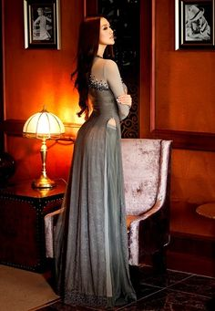 95613658bebb ao dai gris Click here to download ... Vietnamese Traditional Dress