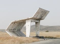 Bus stops in the Soviet Union – Christopher Herwig Are you accustomed to boring and monotonous bus stops? Photographer Christopher Herwig, brings us photos of bus stops, which he took in the former Soviet Union. Landscape Architecture, Architecture Design, Futurism Architecture, Minecraft Architecture, Concrete Architecture, Industrial Architecture, Bus Stop Design, Chlorophytum, Bus Shelters