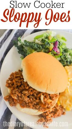 I love this simple family friendly dinner recipe - Slow Cooker Sloppy Joes Easy Sandwich Recipes, Easy Meat Recipes, Pork Recipes, Slow Cooker Recipes, Crockpot Recipes, Easy Meals, Slow Cooker Sloppy Joes, Breakfast Recipes, Dinner Recipes