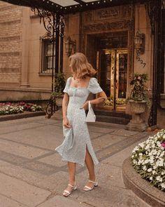 Fashion Tips Outfits .Fashion Tips Outfits French Fashion, Look Fashion, European Fashion, Winter Fashion, Spanish Fashion, 2000s Fashion, Petite Fashion, Fashion Wear, Fashion 2020