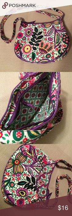 """Vera Bradley Cross Body Purse Colorful, trendy bag that will make even a cloudy day seem brighter!  Measures 7"""" x 10""""W. Lightly loved, in good condition! Vera Bradley Bags Crossbody Bags"""