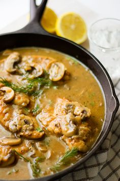 Chicken with Mushroom Gravy Recipe - Munaty Cooking chicken thigh recipes gravy Chicken With Mushroom Gravy Recipe, Baked Chicken And Mushrooms, Chicken Gravy, Mushroom Chicken, Stuffed Mushrooms, Chicken Thigh Recipes, Grilled Chicken Recipes, Recipe Chicken, Oven Chicken