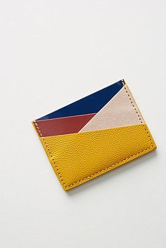 Leather Art, Leather Gifts, Leather Bags Handmade, Leather Design, Art Du Cuir, Crea Cuir, Leather Bag Pattern, Leather Card Wallet, Wallet Pattern