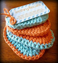 Crochet Baby Teething biscuits More - There's nothing more adorable than a new baby, except perhaps a handmade baby shower gift! These crochet patterns will help you create the perfect gift to Crochet Gifts, Crochet Toys, Free Crochet, Knit Crochet, Crochet Cotton Yarn, Crochet Stitches, Cotton Crochet Patterns, Booties Crochet, Baby Teething Biscuits