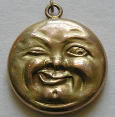 Victorian Man in the Moon Gold Filled Locket. This fun locket features the very popular Victorian motif of the winking man in the moon. I rarely buy gold filled pieces, this is a very desirable and very hard to find piece. Victorian Men, Victorian Jewelry, Antique Jewelry, Vintage Jewelry, Vintage Lockets, Vintage Hats, Victorian Fashion, Sun Moon Stars, Sun And Stars