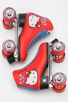 Hello Kitty Moxi Roller Skates - I would have loved these when I was little! Not for derby but still. Roller Skate Shoes, Roller Skating, Casual Cosplay, Rollers, Just Over The Top, E Skate, Hello Kitty Items, Hello Kitty Products, Hello Kitty Things
