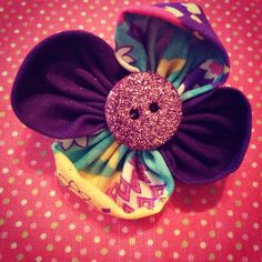 Cute fabric flower hair clips $2.50 plus shipping. Follow me on instgram at sophiasfabricflowers.