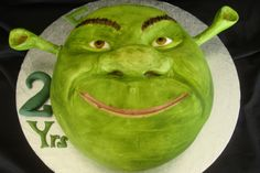 Here you will find a comprehensive resource of Shrek Cake Photos and Ideas. Please add your own Shrek Cake Creations to the comment section below. Monster Birthday Parties, 2nd Birthday Parties, Birthday Ideas, Baby Birthday, Birthday Cakes, Fiona Y Shrek, Shrek Cake, Film Cake, Green Cake