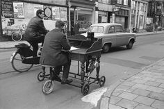 mobile motorized outdoor office (c. Outdoor Office, Mobile Office, Photos Du, Back In The Day, Over The Years, Images, The Past, In This Moment, Black And White
