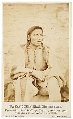 Old Photos - Mdewakanton | www.American-Tribes.com - this old Indian was called Medicine bottle - how cool