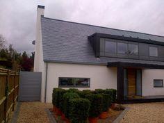 modern glass dormer - Google Search Bungalow Loft Conversion, Dormer Loft Conversion, Loft Conversions, Dormer Bungalow, Roof Extension, Modern Front Door, Roof Plan, Modern Glass, Grey Walls
