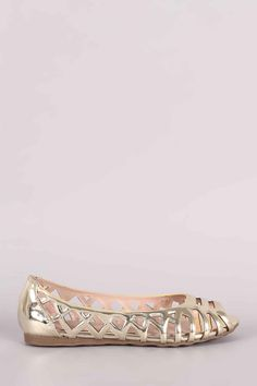 Liliana Mirror Metallic Caged Laser Cutout Flat – Bend the Trend Boutique Peep Toe Flats, Lace Up Flats, Leather Men, Patent Leather, Fashion Flats, Womens Flats, Latest Fashion Trends, Metallic, Mirror