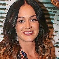 Hot: Katy Perry fails at riding a Segway while at Burning Man