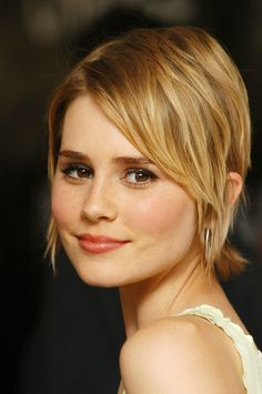 Alison Lohman -brows