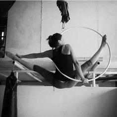 Aerial Acrobatics, Aerial Dance, Aerial Hoop, Aerial Arts, Aerial Silks, Neck And Shoulder Pain, Chest Muscles, Bigger Breast, Pole Dancing