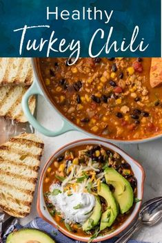 This Healthy Turkey Chili recipe is an easy way to enjoy a comforting bowl of chili and a healthy meal at the same time! Hearty and flavorful with Southwest flavors, this turkey chili is a delicious warm meal for chilly days. Easy One Pot Meals, Fast Easy Meals, Easy Weeknight Meals, Chili Recipes, Soup Recipes, Dinner Recipes, Spicy Recipes, Turkey Recipes, Fall Recipes