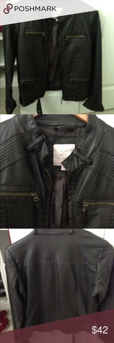 Dark brown leather jacket! In perfect condition with leather and zipper detailing! Romeo & Juliet Couture Jackets & Coats