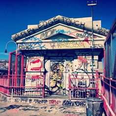 #Graffiti #NYCLove: This is the inspiration for my art, imagination in the city.