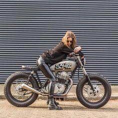 wheels of freedom: Photo Ducati Monster, Motos Sexy, Chicks On Bikes, Motorbike Girl, Motorcycle Girls, Biker Gear, Motorcycle Leather, Hot Bikes, Lady Biker