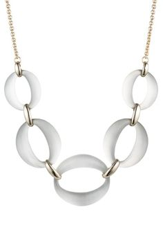How a minimal wardrobe need not be boring - look better with less Capsule Wardrobe Women, Fashion Capsule, Key Pendant, Pendant Necklace, Stylish Outfits For Women Over 50, Over 60 Fashion, 50 Fashion, Fall Fashion, Makeup Tips For Older Women