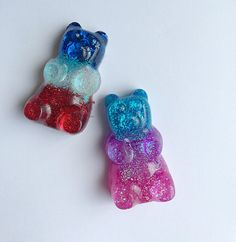 These big gummy bears are handmade using epoxy resin & glitter!!  The bears are attached to a Stainless Steel ball chain necklace!(hypoallergenic)   Please choose which style you would like!  These are made to order 3-5 days! I do make items ASAP!   Each item from my shop is put in a jewelry bo