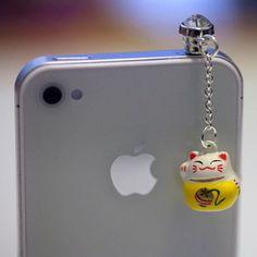 Kawaii LUCKY CAT Bell Iphone Earphone Plug/Dust Plug - Cellphone Headphone Handmade Decorations. $8.50, via Etsy.   Products & Gadgets