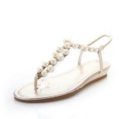 QueenFashion Womens Open Toe Low Heel Cow Leather Patent Leather Solid Thong Sandals with Pearl, Nude, 37 QueenFashion http://www.amazon.com/dp/B00KJ5U8RQ/ref=cm_sw_r_pi_dp_ebgOtb1PT2MTMDJN