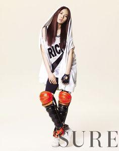 SURE Magazine - 344422 - Hyuna Photos