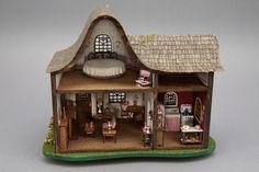 honeymoon cottage 1:44 scale.