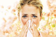 Avete il naso che cola sempre? Raffreddori e riniti non vi danno pace?   Ecco i rimedi della nonna (e non solo) per risolvere questo fastidioso problema