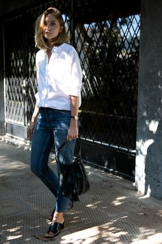 white shirt and denim perfect duet Shirt And Jeans Women, White Shirt And Blue Jeans, White Shirt Outfits, Casual Outfits, Fasion, Fashion Outfits, 2000s Fashion, Minimal Fashion, Classy Fashion