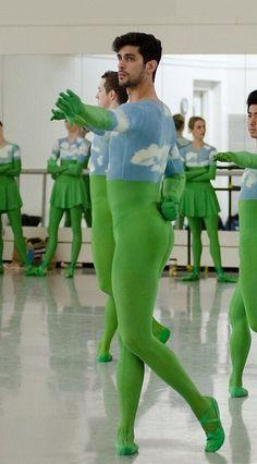 Why Ballet Boys, Male Ballet Dancers, Ballet Tights, Dance Tights, Mens Leotard, Men In Tight Pants, Contemporary Dance Costumes, Lycra Men, Flexible Girls